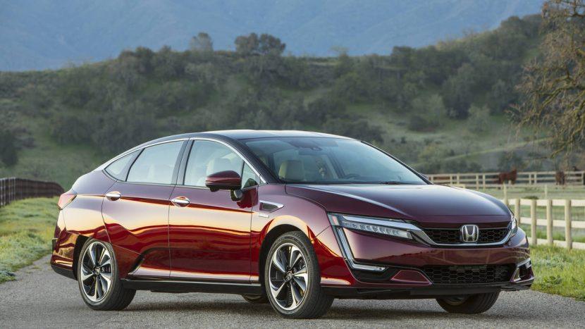 Honda Clarity Fuel Cell - luxusná limuzína s vodíkovými palivovými článkami